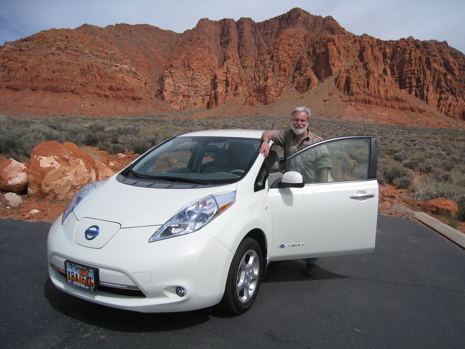 my e life now nissan leaf battery capacity loss due to high miles. Black Bedroom Furniture Sets. Home Design Ideas